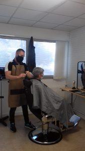 Découvrez le parcours de Pierre Pallem, éducateur coiffeur mobile